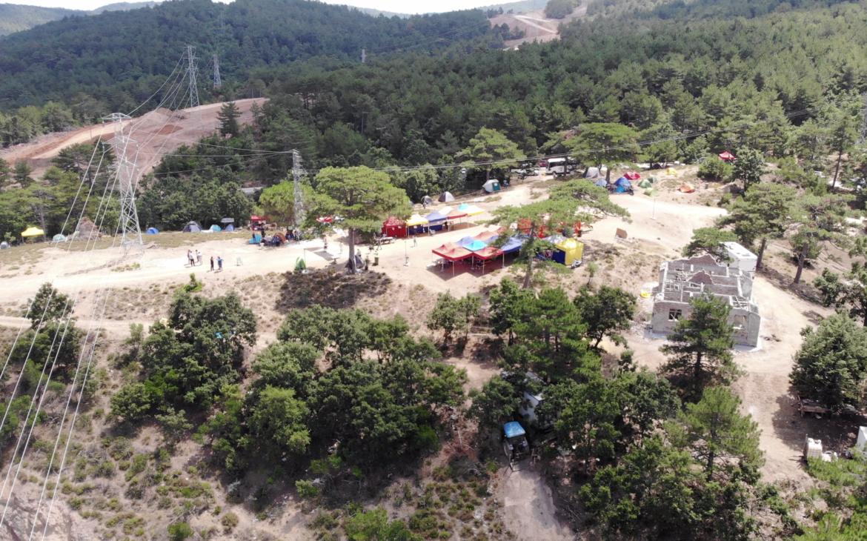 """Kaz Dağları'nda altın aramak için 200 bin ağaç kesilmesine karşı başlatılan """"Su ve Vicdan Nöbeti"""" sekizinci gününde"""